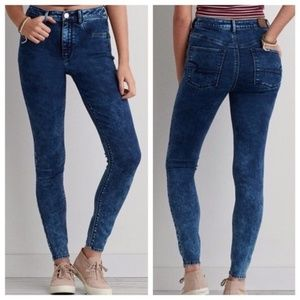 American Eagle | Sky High Acid Wash Jeggings